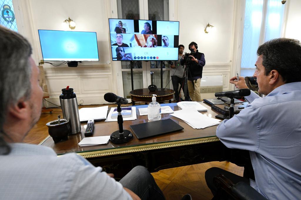 Massa y los jefes de bloques de diputados en videoconferencia